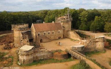chateau-en-construction